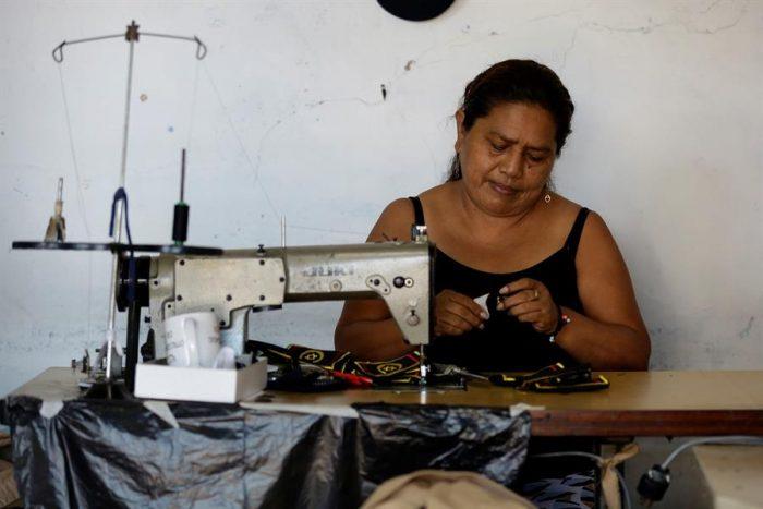"""Promover la empresarialidad femenina, el """"gran reto"""" de Centroamérica"""