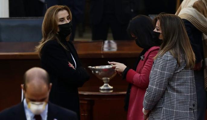 Convencionales de Vamos por Chile solicitan repetir votación de la ampliación de la mesa que incluyó dos cupos de pueblos originarios