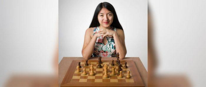 """Javiera Gómez rompe los estereotipos de género en el ajedrez: """"Tuve que empezar a ganarle a hombres más grandes para que dejaran de subestimarme  al momento de jugar"""""""