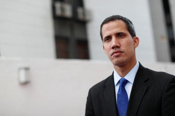 La Policía venezolana intentó detener a Guaidó en su casa
