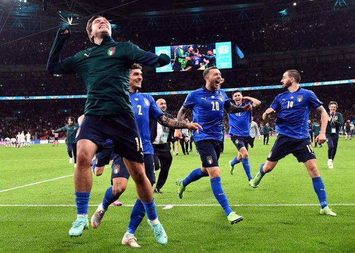Italia pasa a finales de la Eurocopa tras tanda a penales y España se despide del torneo