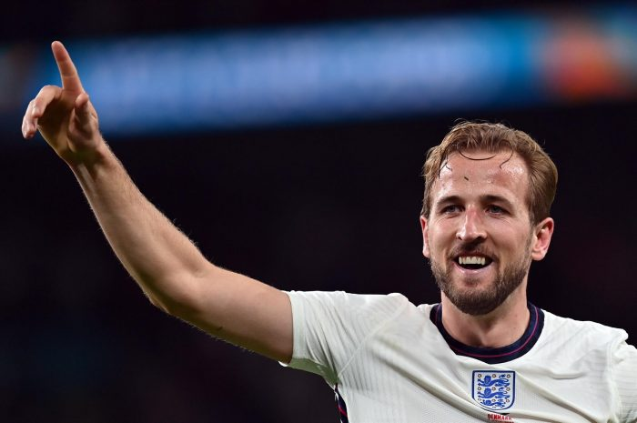 Inglaterra triunfa sobre Dinamarca y pasa a final de la Eurocopa tras polémico penal en tiempo de prórroga