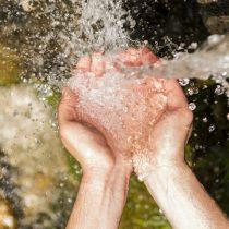 Motivos para beber agua, incluso sinsed