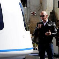 Jeff Bezos agradece a clientes y empleados de Amazon el pago de su vuelo espacial