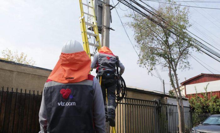 Reclamos contra firmas de telecomunicaciones caeny comienzan a acercarse a niveles prepandemia