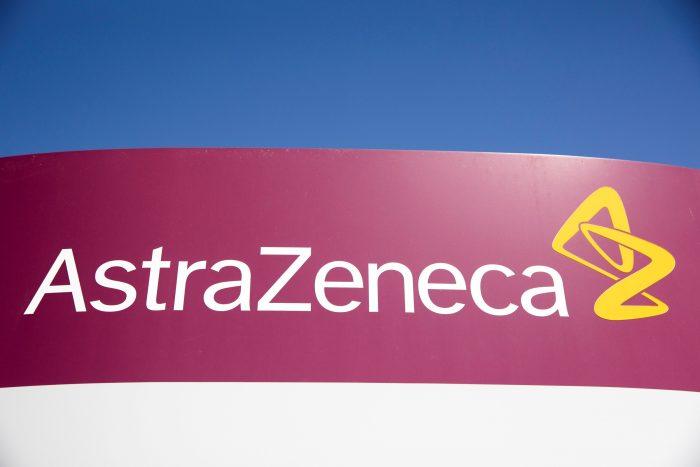 Terapia anticuerpos de AstraZeneca protege del COVID-19, según estudio