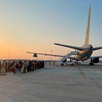 Talibanes aseguran que permitirán vuelos civiles tras el fin de la evacuación