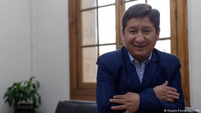 Perú: Congreso da su confianza al gabinete del primer ministro Bellido