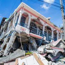 Terremoto deja dolor y casi 1.300 muertos en Haití mientras se avecina la tormenta tropical
