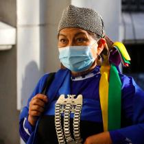 «Te invito a descolonizarte»: Loncon defiende su gestión «sin exclusiones» en la presidencia de la Convención y replica a embates de Cubillos