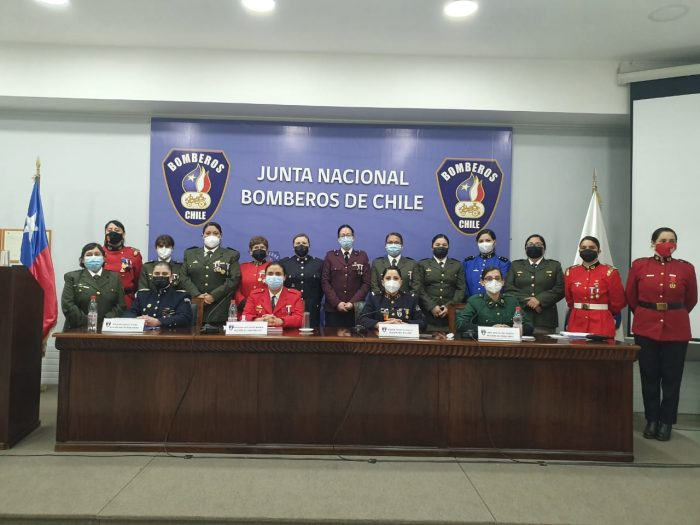 Tras las denuncias por acoso: bomberas de todo el país conforman la Comisión de Equidad de Género