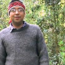 El profesor que trabaja con los niños en Tirúa para mantener el mapudungún