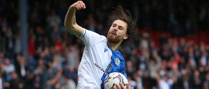 Brereton en estado de gracia: anota para el Blackburn Rovers y suma tres goles en la temporada