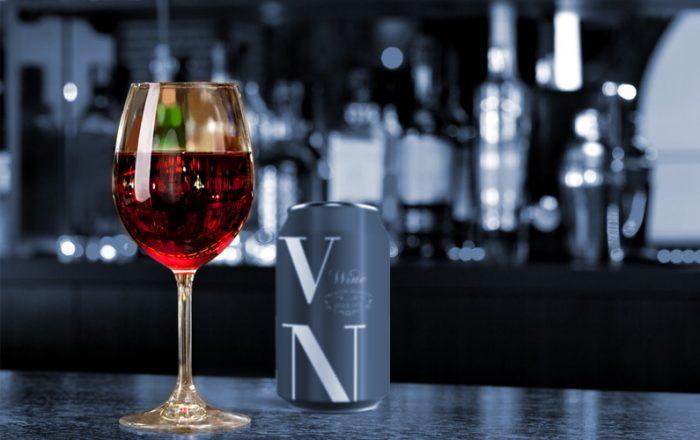 Estudio revela que casi 3 de 4 adultos consume vino en lata en Chile post pandemia