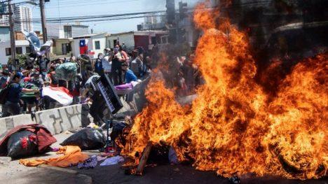 """Director de SJM: """"La gran mayoría de Chile no comparte la violencia xenofóbica y racista del grupo que quemó las pertenencias de los migrantes"""""""
