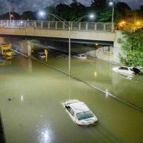 Al menos 42 personas mueren en históricas inundaciones en noreste de Estados Unidos