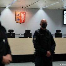 Detienen a nonagenaria exsecretaria de campo nazi que había escapado antes de su juicio