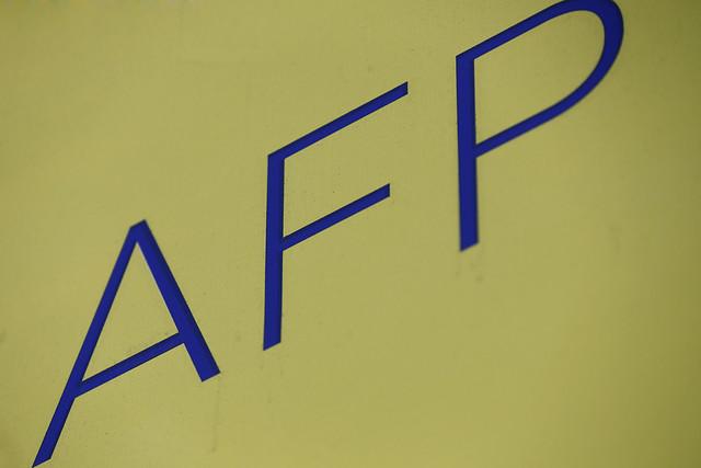 Juzgado ordena a AFP pagar con fondos propios cotizaciones adeudadas por empleador a dos trabajadores