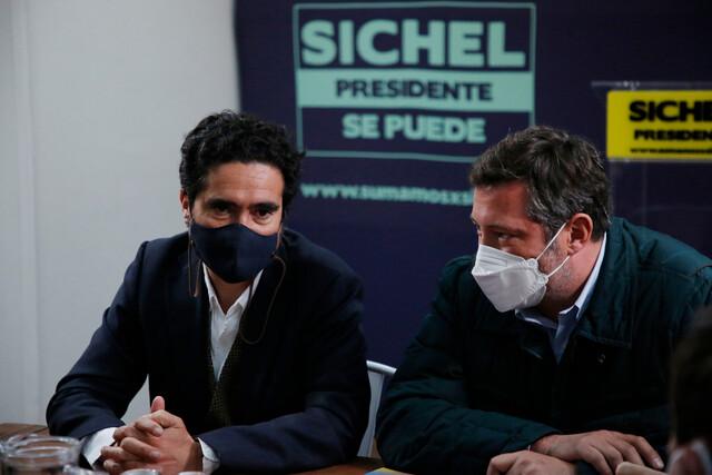 Briones felicita a Sichel por rechazo frente al cuarto retiro: