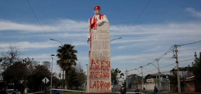 """¿Salvador Allende """"asesino y ladrón""""?"""
