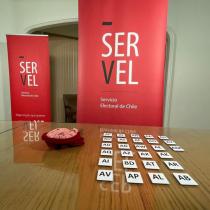 Servel sortea el orden en la papeleta de las listas Parlamentarias y de Consejeros Regionales para elecciones de noviembre