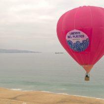 Elevan globo aerostático para solicitar a los comercios un mayor control  en la comercialización de plástico