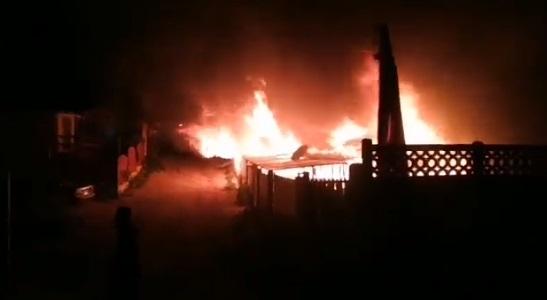 Dos adultos mayores fallecieron tras incendio en vivienda en El Tabo