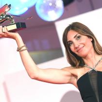 Relato de un aborto clandestino le dio a la directora Audrey Diwan el León de Oro a mejor película en Venecia