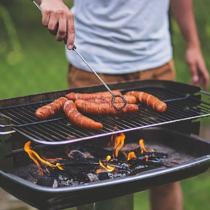 La relación entre el consumo de carne y la masculinidad: ¿hombres a la parrilla, mujeres a la cocina?