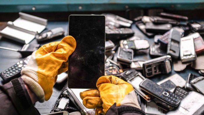 Chile es uno de los países que más basura electrónica genera