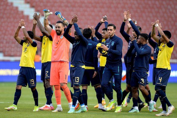 Eliminatorias: Ecuador derrota a Paraguay con dos tantos al final y es segundo en la tabla