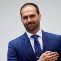 Hijo de Bolsonaro da positivo por Covid-19 tras viaje a la ONU