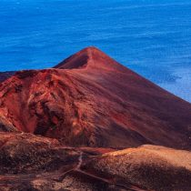 La historia volcánica de La Palma ha permitido prever la erupción a tiempo