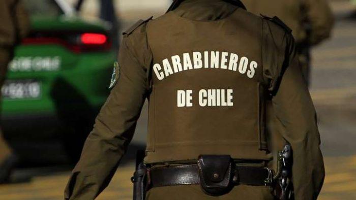 Captan a carabinero pidiendo dinero a civiles durante fiscalización: funcionario es detenido y será dado de baja