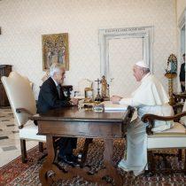 """Papa habla del """"proceso de reforma de la Constitución"""" con el Presidente Piñera y este destaca """"el respeto a los derechos humanos de todos"""""""