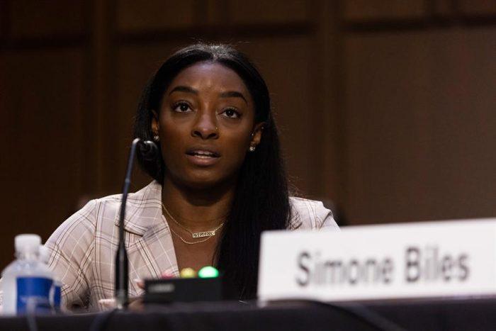 """Simone Biles en el Senado: """"Un sistema entero permitió y perpetró esos abusos"""""""