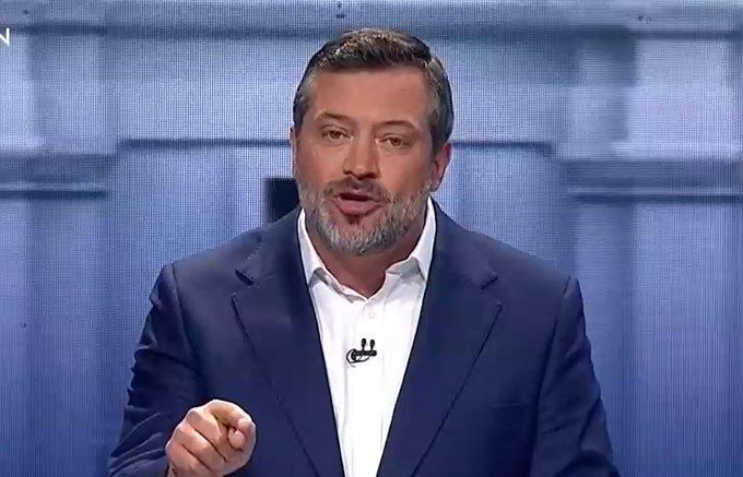 """La frase para el bronce de Sichel en el debate: """"Nos olvidamos de gobernar cuando la política se politiza"""""""