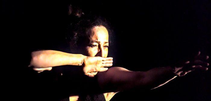 """Obra """"Ella, nosotras y yo"""" en Teatro Camilo Henríquez"""