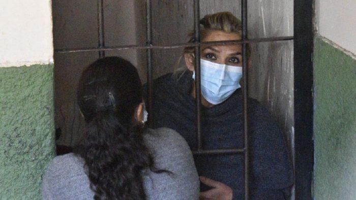 Bolivia: Jeanine Áñez dice que padece anorexia nerviosa y que es hostigada en prisión