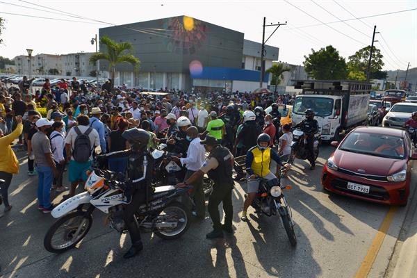 Ecuador militariza la prisión de Guayaquil tras la masacre de presos