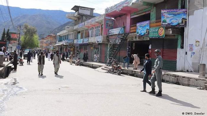 "UE anuncia paquete de ayuda de 1.000 millones de euros para Afganistán ""para evitar un enorme colapso humanitario"""