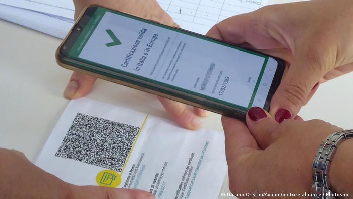 Italia pedirá desde el viernes el pasaporte sanitario a todos los empleados públicos y privados