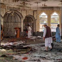 Afganistán: explosión en mezquita deja al menos 50 muertos