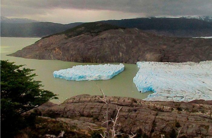 Legislación bajo cero: comunidad glaciológica independiente recalca importancia de protegerzonas que rodean a glaciares y el permafrost