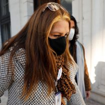 Giovanna Grandón (Tía Pikachu) fue agredida en Plaza Italia: manifestantes insultan, escupen y lanzan líquido a la convencional ex Lista del Pueblo