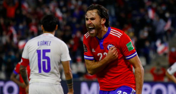 Con goles de Brereton e Isla, Chile logró su segunda victoria en eliminatorias venciendo a Paraguay