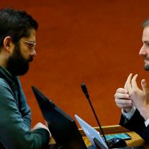 Frente Amplio en picada por dichos de ministro Bellolio contra Boric: «La derecha ha utilizado desde siempre como estrategia de campaña el terror»
