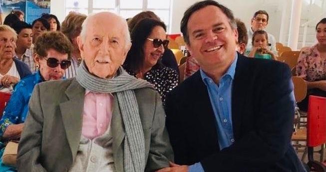 """Adiós a un histórico de la DC: a los 104 años falleció Renan Fuentealba, uno de los firmantes de la """"Carta de los 13"""""""