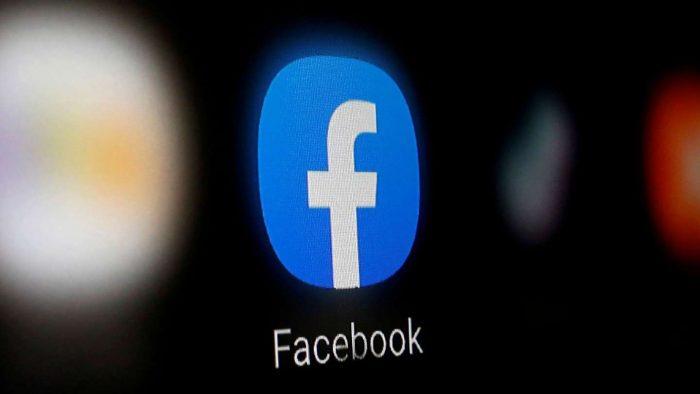 Facebook cierra a la baja tras masiva caída de sus redes: acciones retroceden un 4,89%