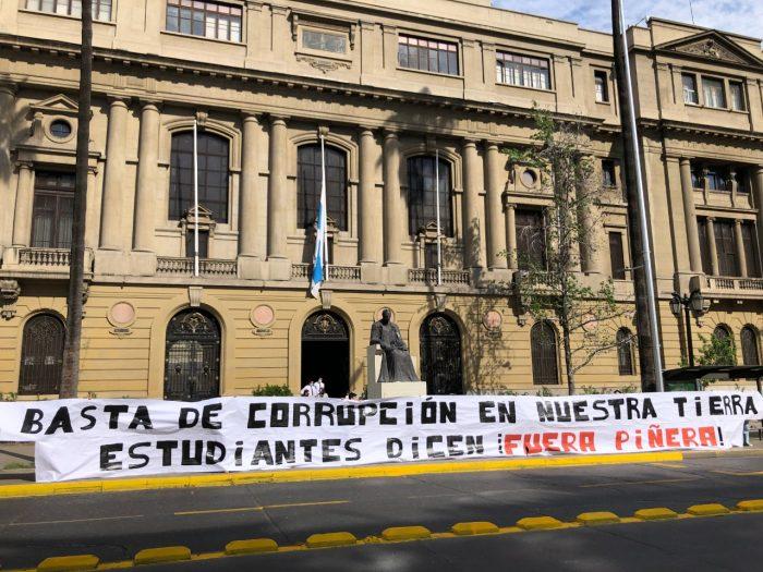 Confech vuelve a las calles: estudiantes convocan marcha en rechazo al Presidente para este viernes y exigen cierre de Dominga